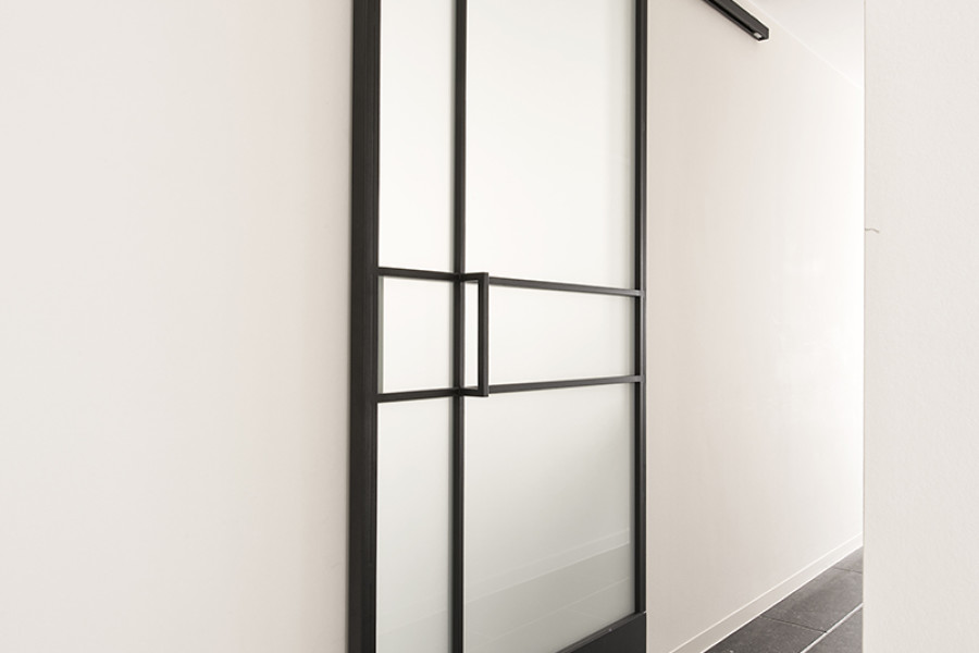 porte coulissante en fer amazing pice meuble kit porte coulissante convient pour porte de with. Black Bedroom Furniture Sets. Home Design Ideas